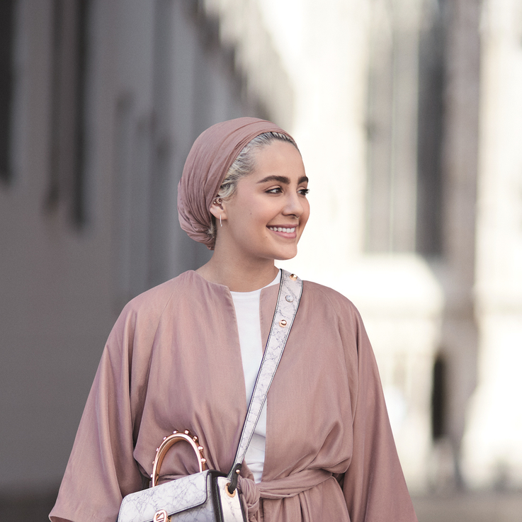 Aigner Collaborates With Kuwaiti Fashion Blogger To Create Your Dream Everyday Bag